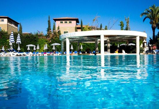 St Raphael Resort - Amphibion Bar