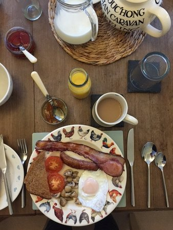 Bed & Breakfast at 1 Coastguard Cottages : Locally sourced breakfast