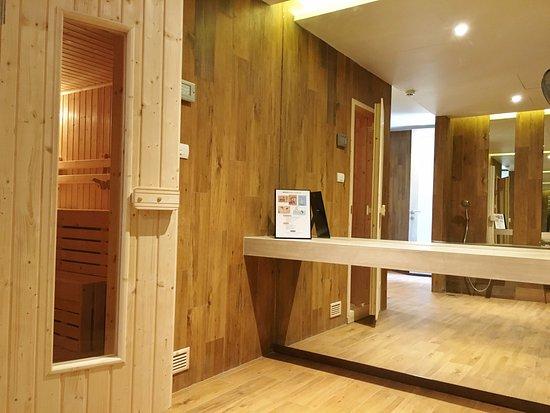 Sauna Picture Of Madera Residence Sriracha Si Racha Tripadvisor - Sauna-madera