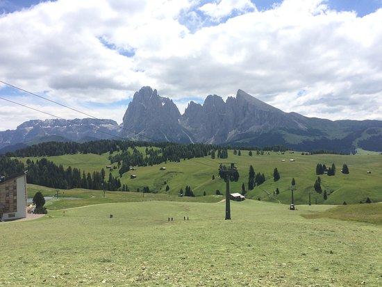 Tyrol du Sud, Italie : Vista dalla malga