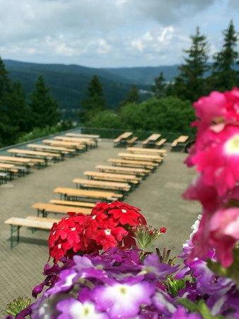 Hotel Ringberg: große Terrasse für Grillfest
