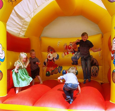 Somerset, UK: Bouncy Fun
