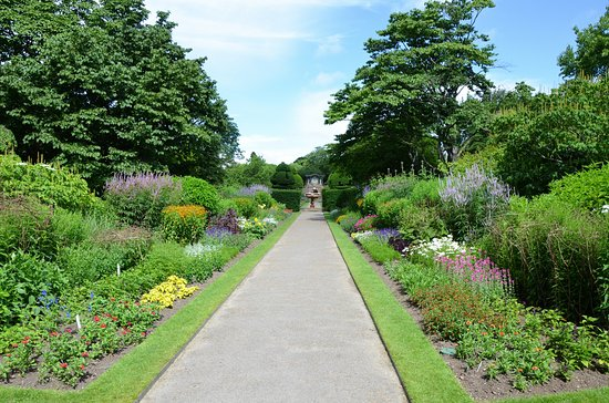Haywards Heath, UK: Walled garden