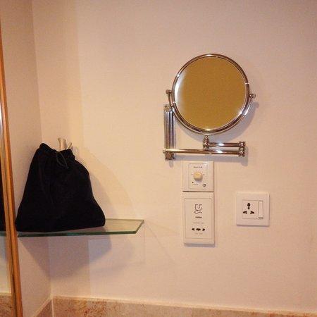Parkroyal Kuala Lumpur Dual Sided Vanity Mirror Hair Dryer