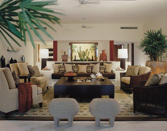 Four Seasons Resort Punta Mita: Arena Suite Livingroom