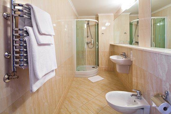 Belvedere Hotel: Bathroom