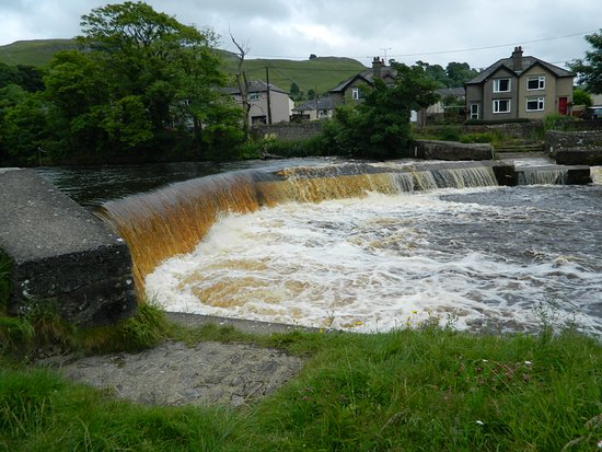 Settle Hydro, Weir & Salmon Ladder