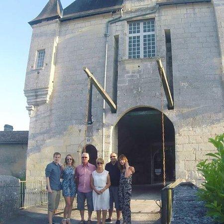 Chalais Φωτογραφία