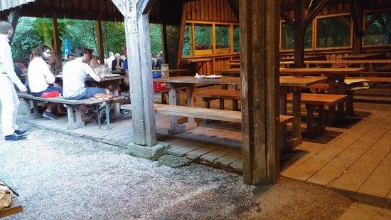 Garching bei Munchen, เยอรมนี: Blick in den überdachten Bereich