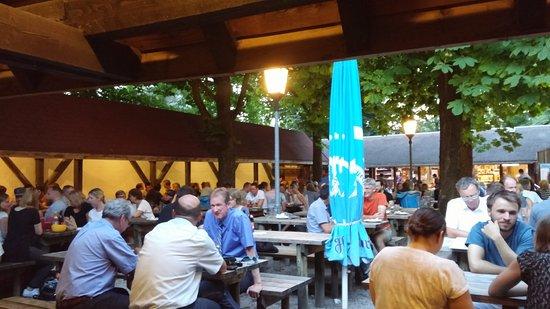 Garching bei Munchen, เยอรมนี: Nicht überdachter Bereich