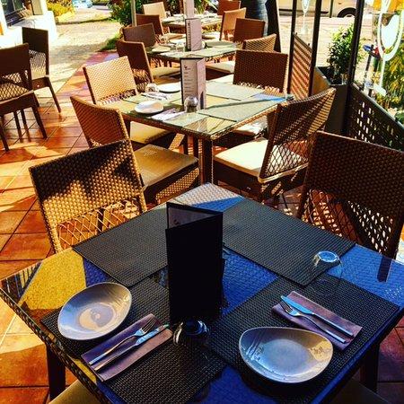Tapavino Gastro Tapas & Wine Restaurant