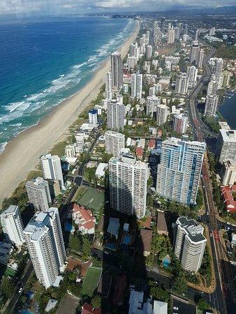 Γκολντ Κοστ, Αυστραλία: Q1 building. Skypoint observation deck views.   Surfers Paradise.