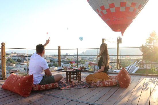 Kelebek Special Cave Hotel Breakfast With The Balloons