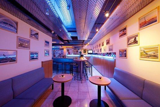 Globana Airport Hotel: Bar Nightflight