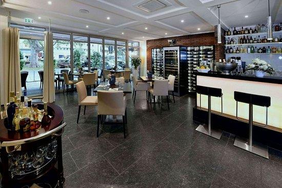 Europa Hotel: bar