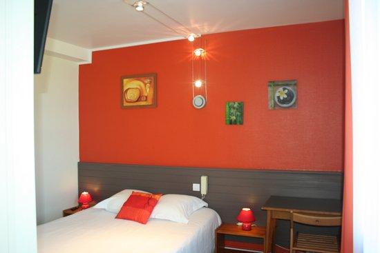 Hotel d'Orleans : chambre lit double