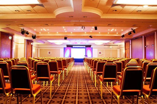 Holiday Inn Newcastle - Gosforth Park: Cheviot Suite set for a conference