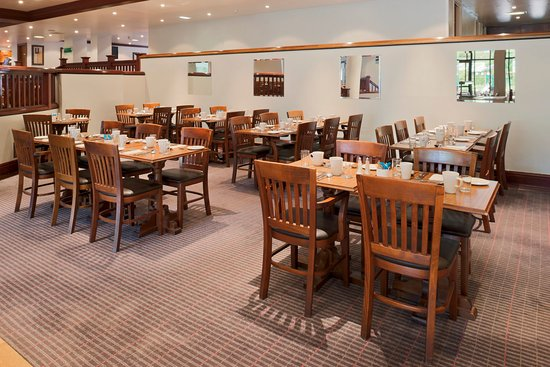 Holiday Inn Lancaster: A modern, open plan and friendly contemporary restaurant