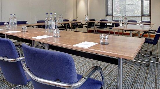 Bexley, UK : Meeting Room U Shape
