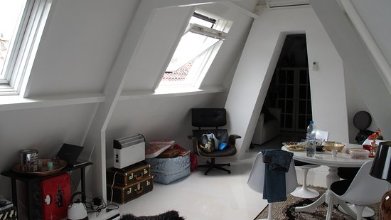 Naarden, Países Bajos: второй этаж, там же ванная комната