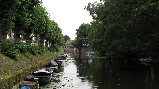 Naarden, Países Bajos: Ров вокруг Наардена
