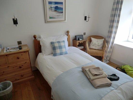 Crianlarich, UK: lovely, bright room !