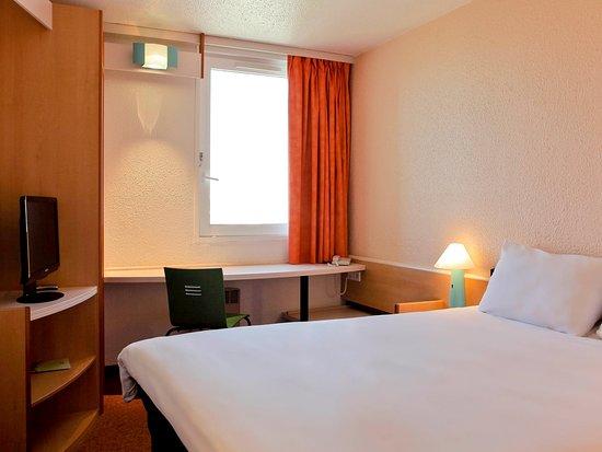 Bron, Frankrig: Guest Room