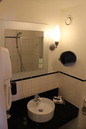 Ijmuiden, Países Baixos: Guest Bathroom