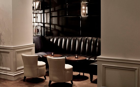 InterContinental Amstel Amsterdam: A bar Interior