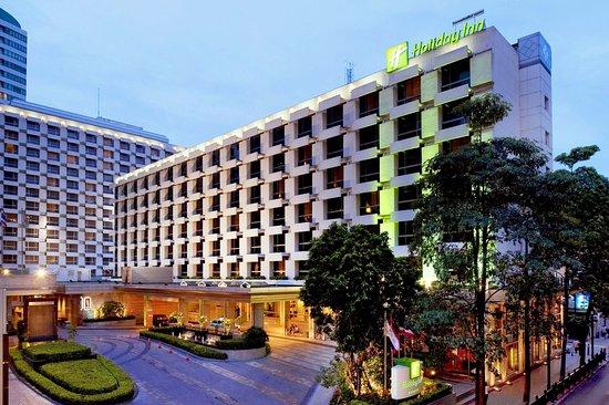 Holiday Inn Bangkok: Hotel Exterior