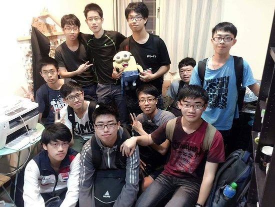Fengjia Box 1: 團隊