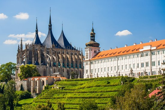 Prague Bus Tours: Kutná Hora
