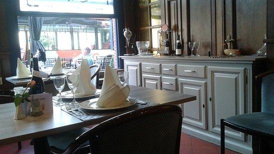 Nivelles, เบลเยียม: Taverne L' Union
