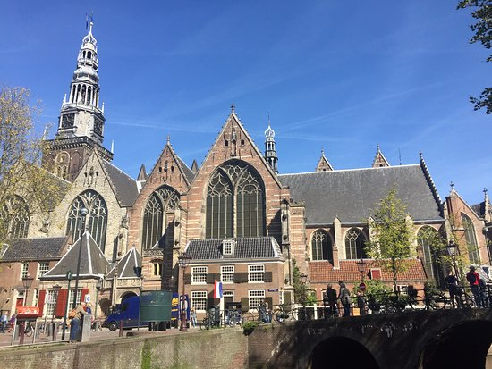 Total waste of time - Review of Oude Kerk, Amsterdam, The