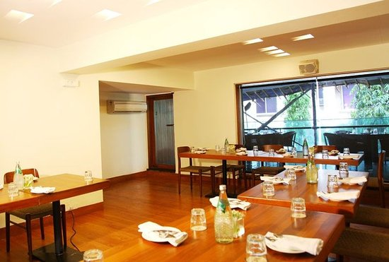 Royal Garden Hotel: Meeting room Sea Lawn