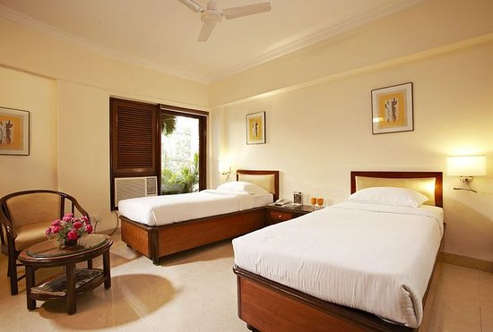 Royal Garden Hotel: Superior Executive Room