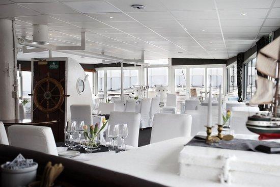 Malardrottningen Yacht Hotel and Restaurant: Restaurant