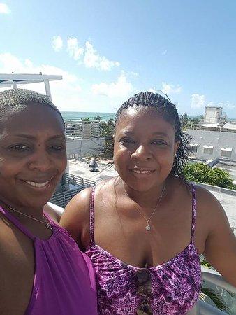 Z Ocean Hotel South Beach: Rooftop Terrace Partial Ocean View