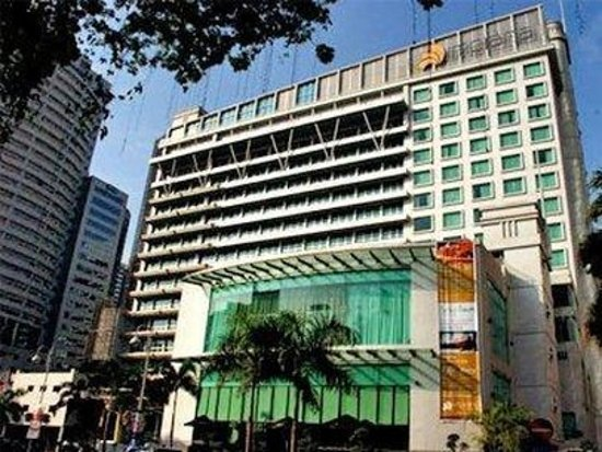 Impiana KLCC Hotel : Hotel Front View Day