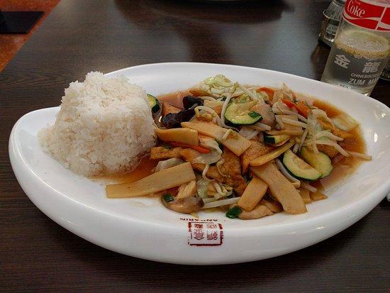 Mandarin: tofu chop suey