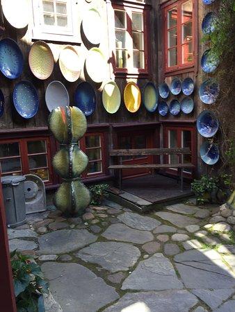 Roros, Norveç: Lysgaard Keramikk