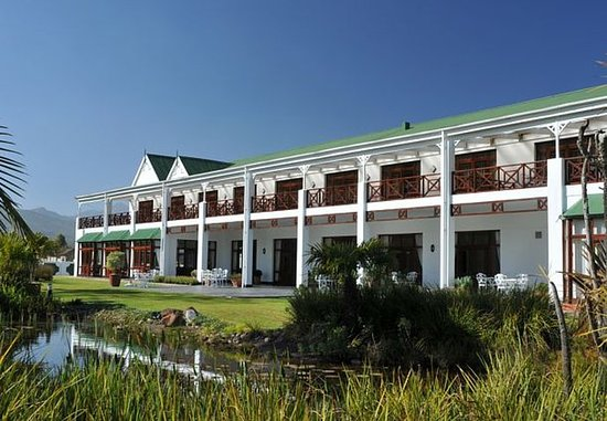 Protea Hotel by Marriott King George : Exterior