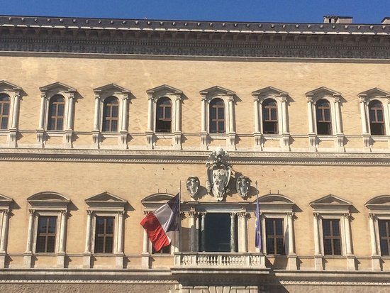 Piazza Farnese : photo0.jpg