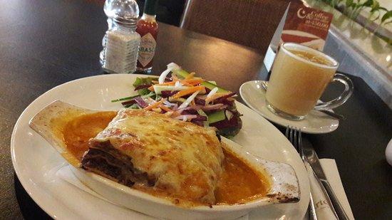 Artcaffe: delicious lamb lasagne and lemon ginger tea