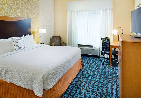 Fairfield Inn & Suites San Antonio SeaWorld®/Westover Hills: King Guest Room