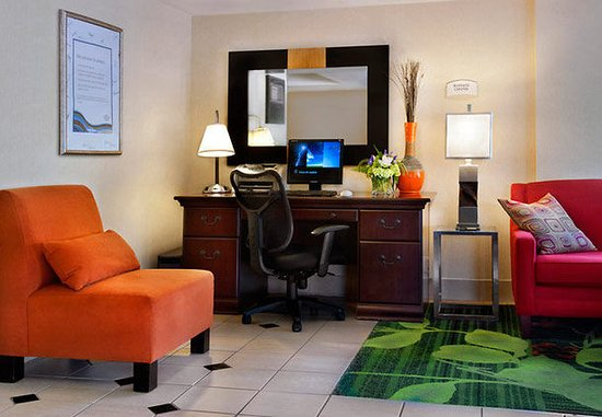 Fairfield Inn Amesbury: Business Center