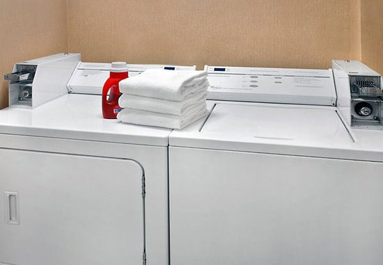 Fairfield Inn Amesbury: Guest Laundry