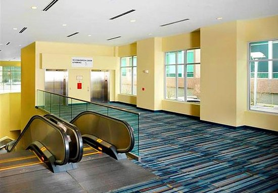 Raleigh Marriott City Center: Convention Center Connector