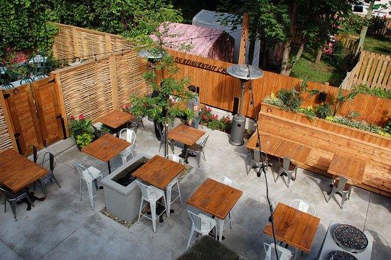 Saint Hyacinthe, Kanada: Nouvelle terrasse