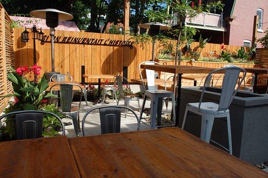 Saint Hyacinthe, Canada: Nouvelle terrasse